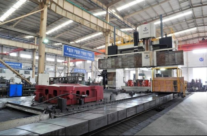 Large gantry pentahedron machining center--The world`s leading processing equipment